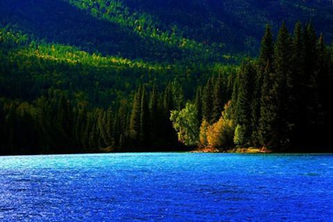 千湖的图片
