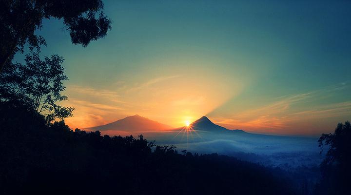默拉皮火山旅游图片