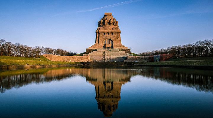 民族之战纪念碑旅游图片