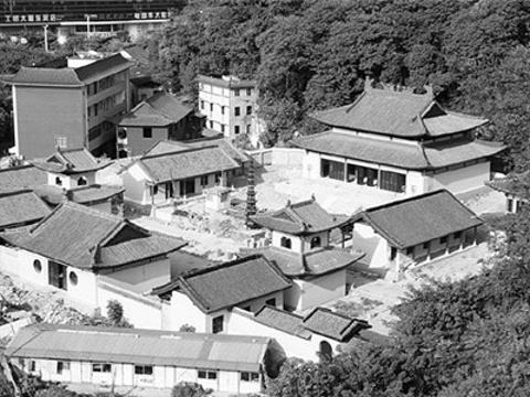 灵泉寺旅游景点图片