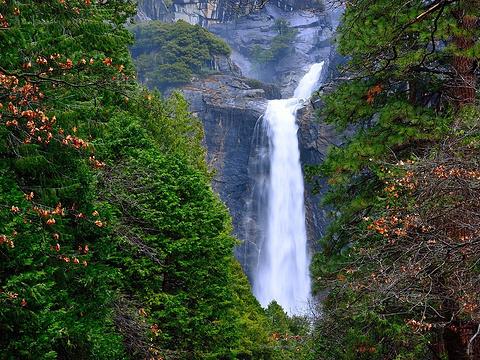 优胜美地瀑布旅游景点图片