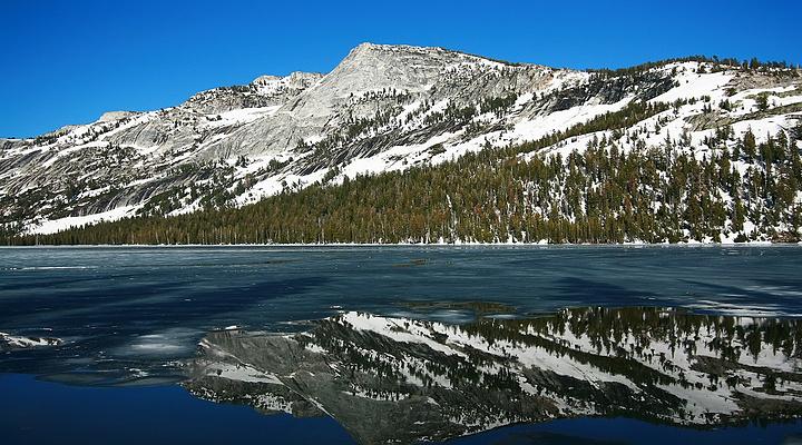镜子湖旅游图片
