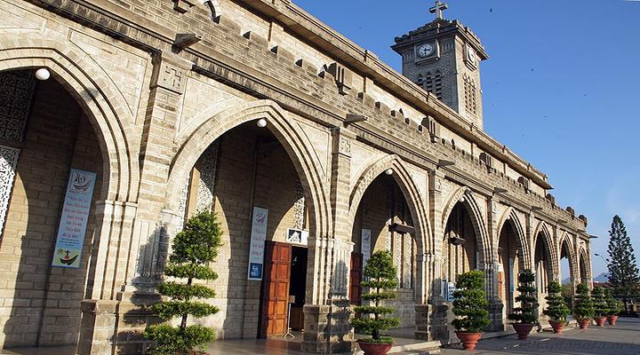 芽庄大教堂旅游图片