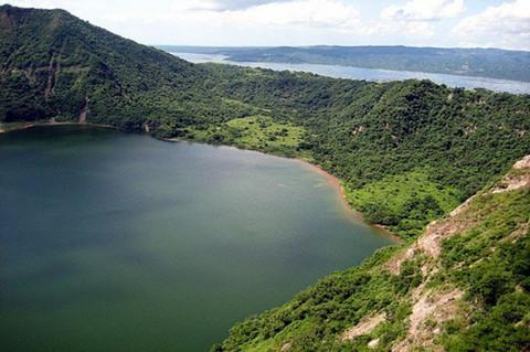 大雅台湖景