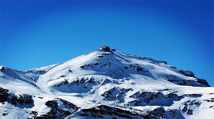 雪朗峰旅游图片