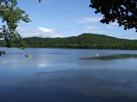 唐路湖旅游景点图片