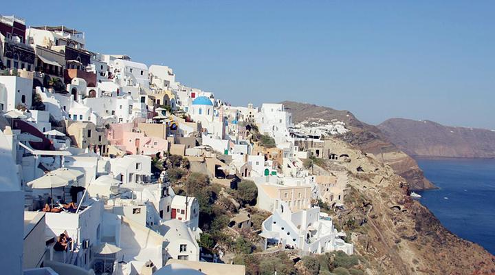 卡美尼岛旅游图片