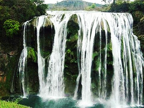 加兴沟水帘瀑布旅游景点图片