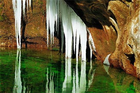 泉瀑峡旅游图片