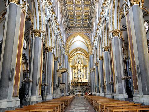 圣保罗·马焦雷教堂旅游景点图片