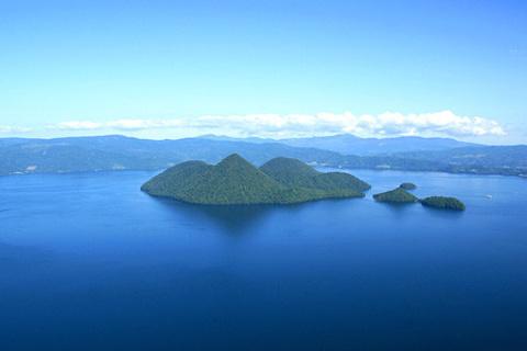 洞爷湖中岛的图片