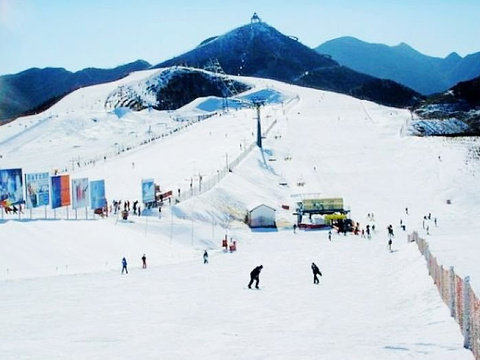 云佛山滑雪场旅游景点图片