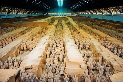 秦始皇帝陵遗址公园的图片